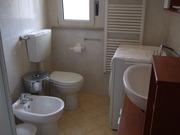 Affitto appartamento Riviera Adriatica - Albachiara, bagno con box doccia
