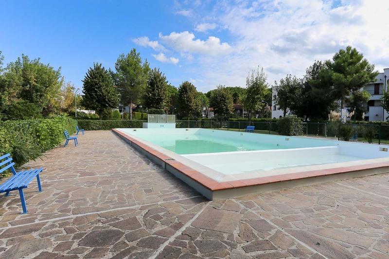 TREDI: Vendita appartamento in Residence con piscina ai Lidi Ferraresi