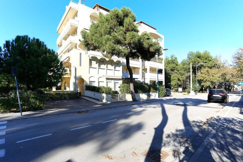 ALBACHIARA : Bellissimo appartamento vista mare/pineta in vendita sulla riviera di Lido di Spina