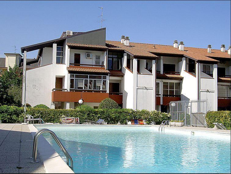 ATHENA E: Vendita Lido Spina appartamento in Residence con piscina