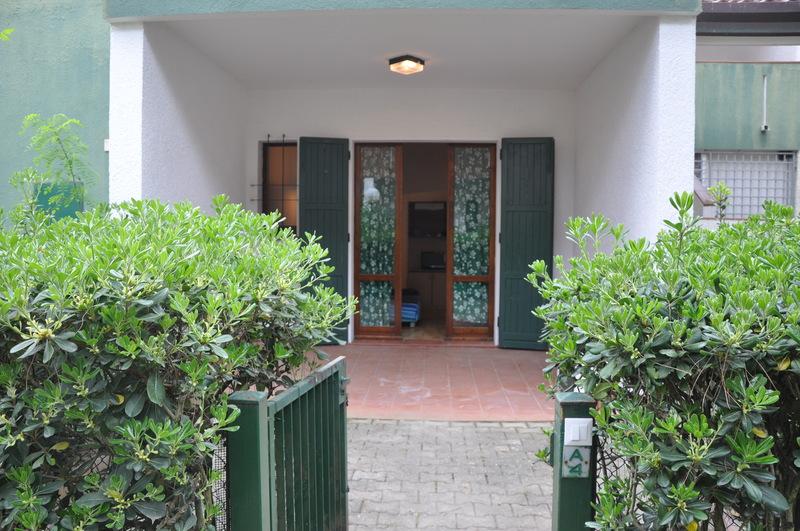PRIMAVERA: affitto villetta con doppio giardino ai Lidi di Comacchio