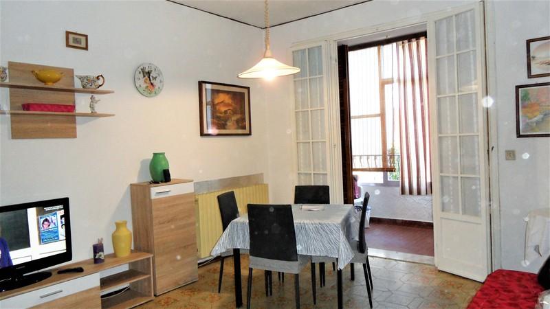 ATLANTIDE appartamento trilocale di generose dimensioni con terrazzo zona sud Lido di Spina
