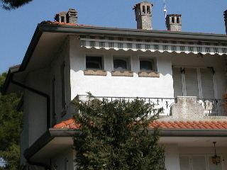 VILLA ATTILIA: Bella villetta  in contesto quadrifamiliare con giardino privato in vendita a Lido di Spina